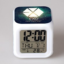 EXO multi-color clock(no battery)