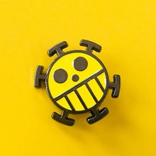 One Piece Law anime brooch pin